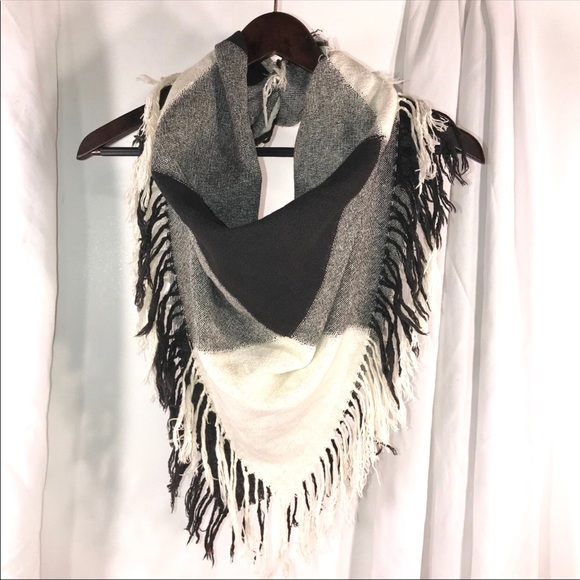 Vintage Accessories - Square Fringe Black and Ivory Scarf
